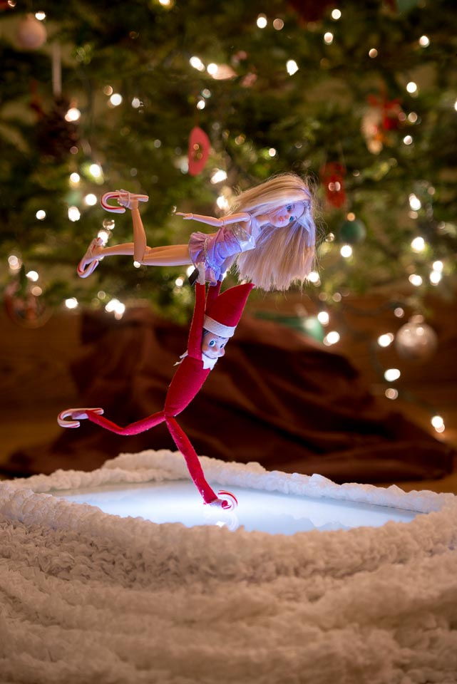 pairs-skating-elf-on-the-shelf